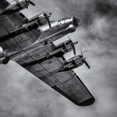4.2nd Place - The Flying Fortress - Chap Achen