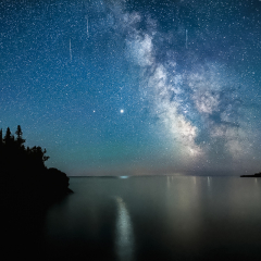 Realistic Acceptance - Meteors, Jupiter and the Milky Way - Marianne Diericks