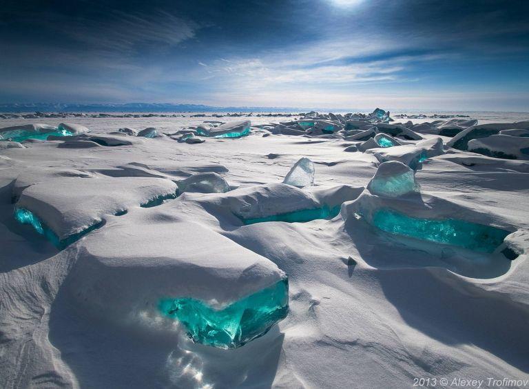 thumb_lake_baikal_ice